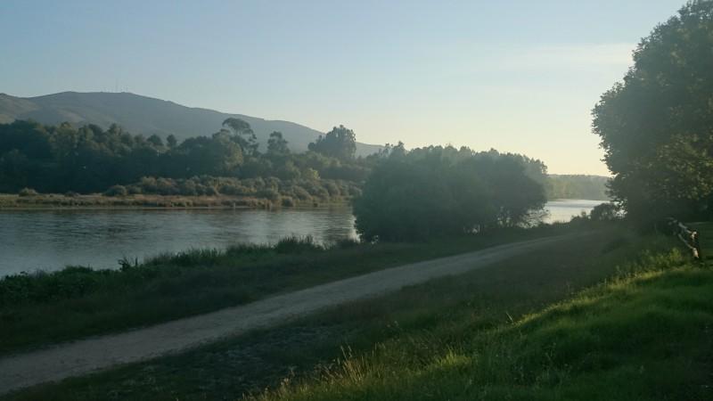 Vistas al rio Miño Caldelas